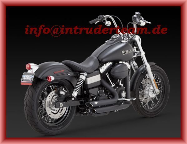 Vance & Hines Shortshots Staggere black Harley Dyna 2012-